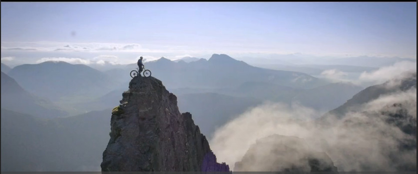 Riding-the-ridge-Danny-MacAskill